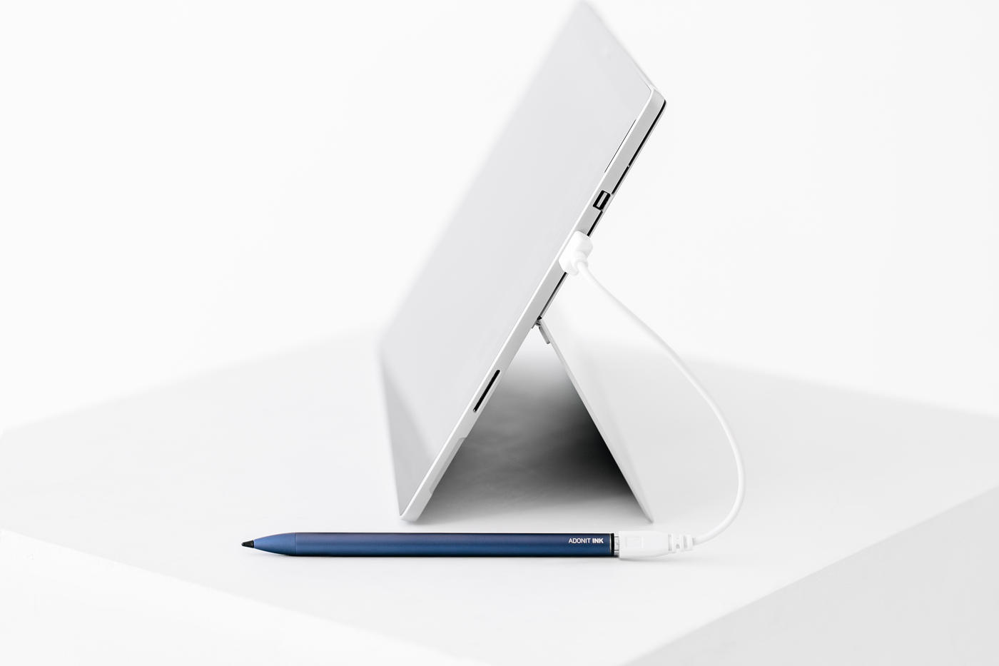 Cool Tech: Introducing Adonit Ink Stylus made for Windows