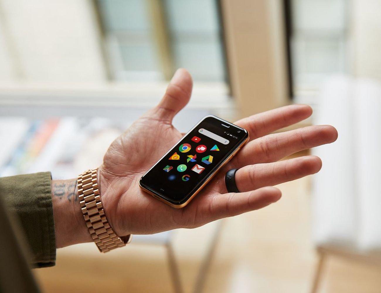 Cool Tech: Palm Tiny Smartphone, Atari Retro Handheld Console and more