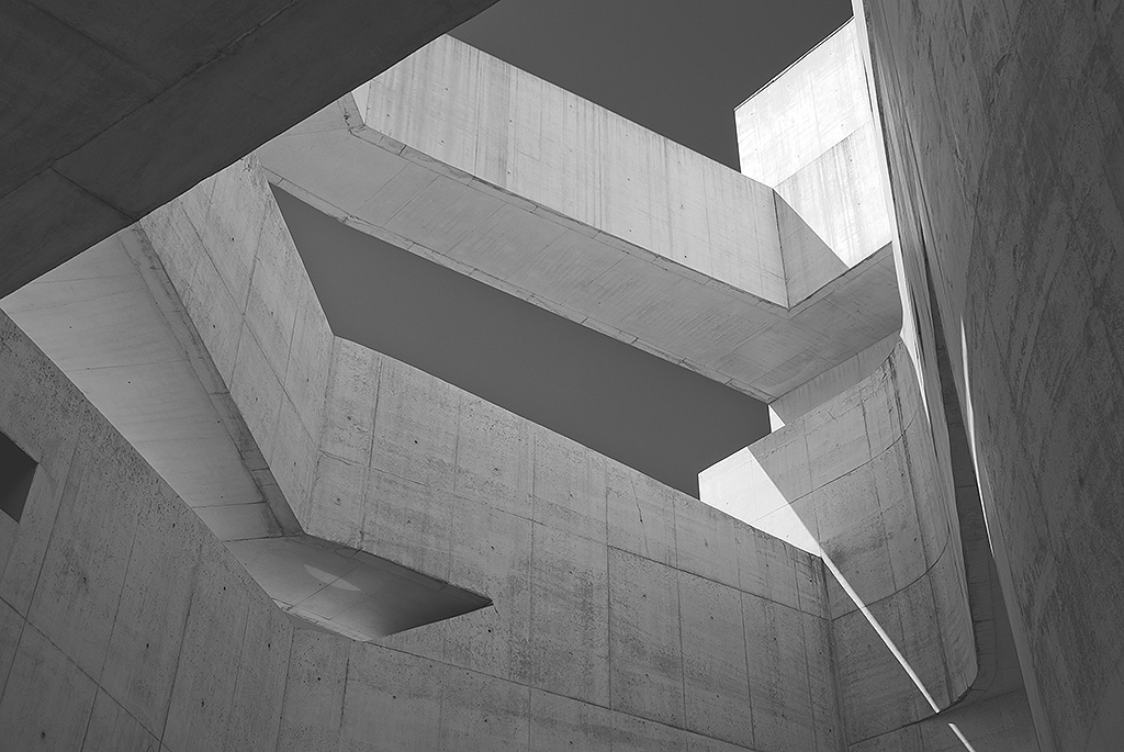 Minimalist Architecture of the Fundação Iberê Camargo Building
