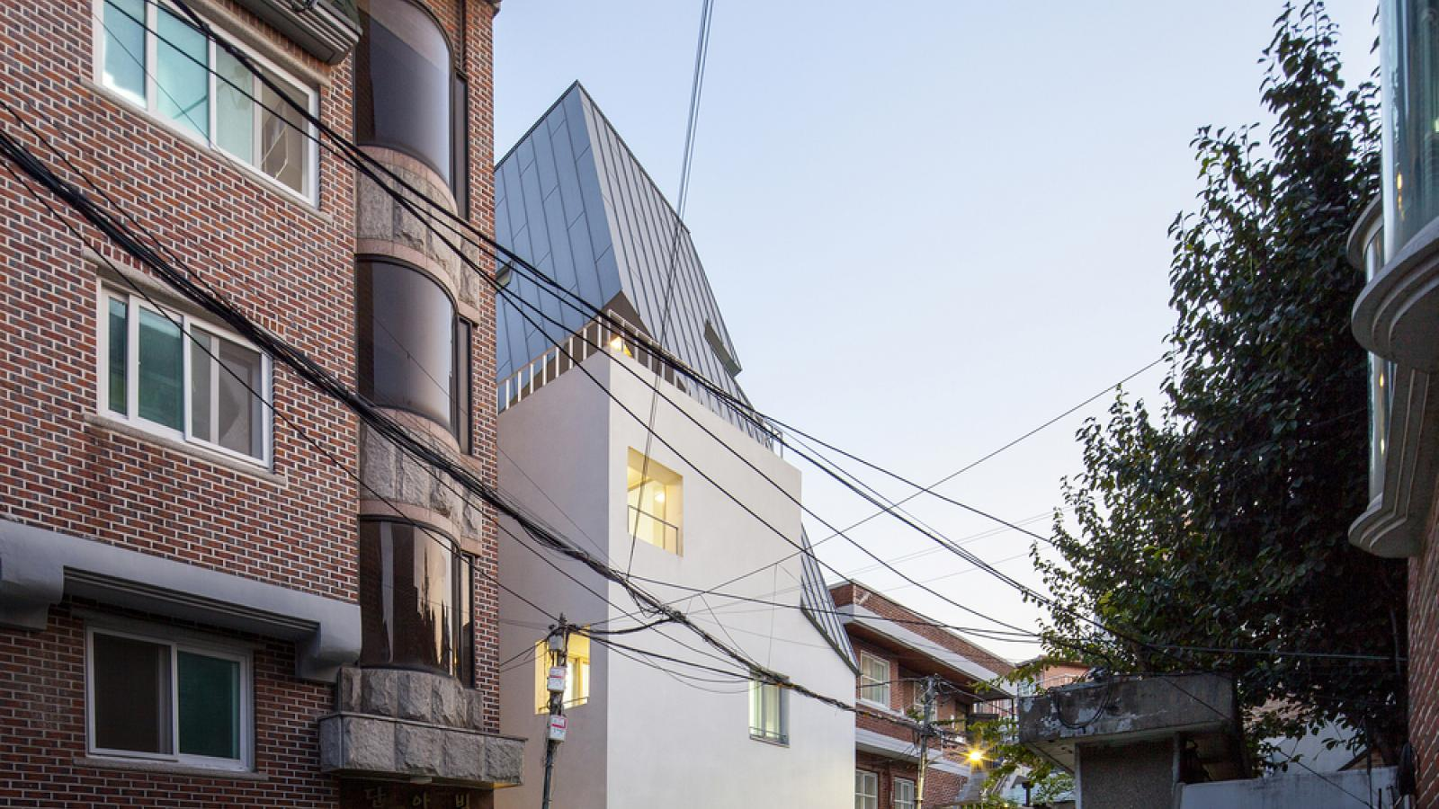 Beautiful Houses: Fighting House by studio_suspicion in South Korea