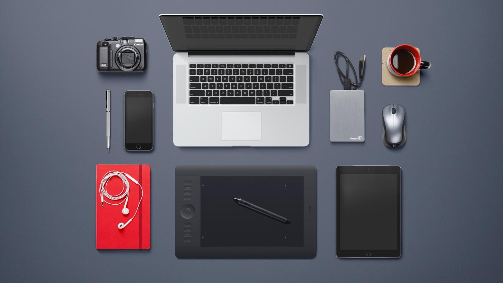 38 Isolated Desk Objects - Download