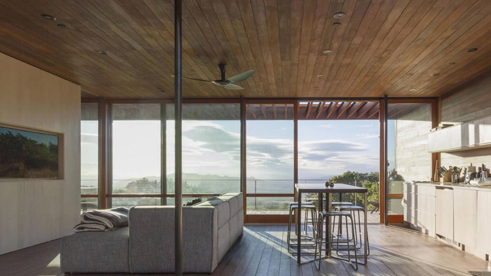 Sonoma WeeHouse, A Beautiful Ultra Minimal Home