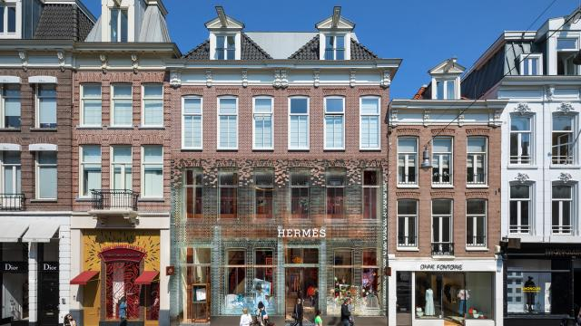 MVRDV's Crystal Houses now hosting new tenant: welcoming Hermès