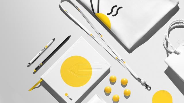 Brand Identity & Graphic Design: Onet