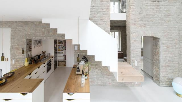 MMB house in Berlin: a 1844 building gets refurbished