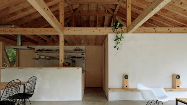 Simple and Beautiful Villa in Motobu, Japan