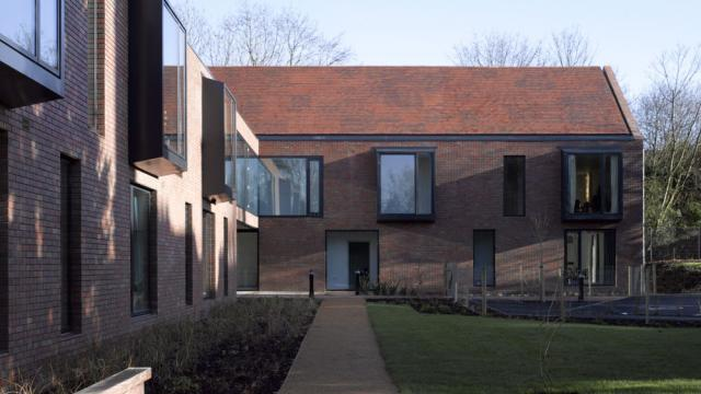 Architect Day: Duggan Morris Architects