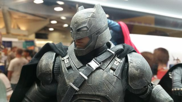 Mind Blowing Batman vs Superman Sculptures