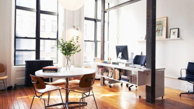 The Perfect Office - KADi Port, Logitech MX Mouse, Light Phone and Office Ideas